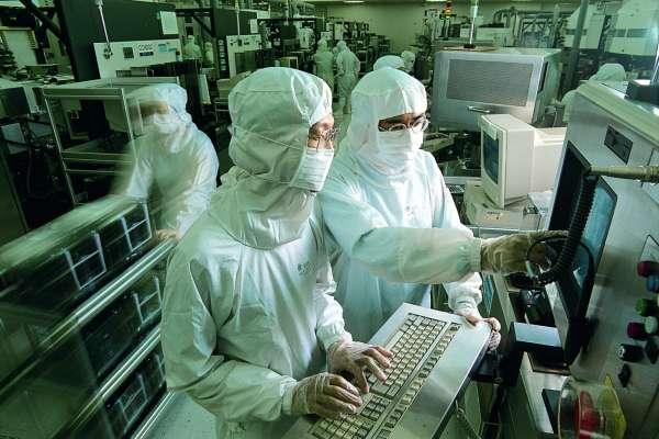 1隻病毒干擾台積電78億營收!總裁坦言全廠「迅速癱瘓」的關鍵:非常驚訝、震撼…