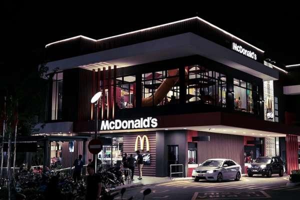 大麥克之亂後放假,麥當勞先「違法」再「補償」真的是高招?