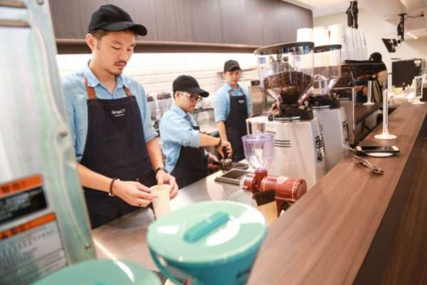 觀點投書:改善低薪問題 台灣應建立「人力價值向上」的社會