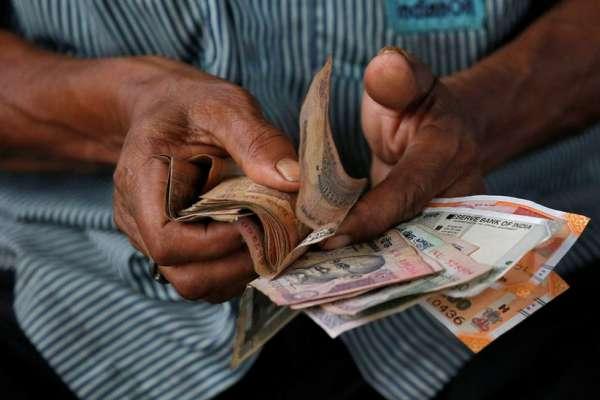 印鈔是門大生意:國家外包印鈔的背後