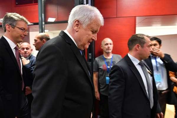 梅克爾政權風雨飄搖?德國巴伐利亞邦議會選舉,執政基社盟獲60年最低票