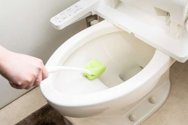 你連馬桶都不敢舔,卻用比馬桶髒20萬倍的海棉刷碗筷?家中這七樣物品,其實超級髒!