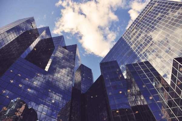 REITs—被低估的絕佳投資標的,小資也能成為「不動產大亨」!