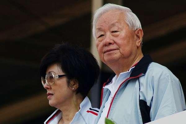 張忠謀說40歲還平凡很不好⋯他指出3點大力反駁:台灣年輕人有出人頭地的機會嗎?