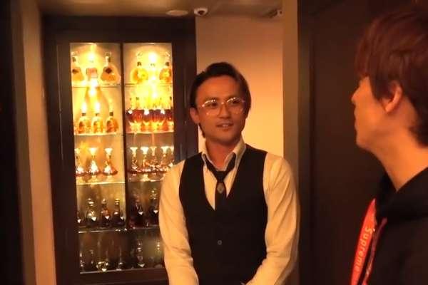 一晚爽賺300萬台幣?直擊日本歌舞伎町牛郎店,喝酒聊天賣藝不賣身,隨便一瓶酒就能買輛BMW!