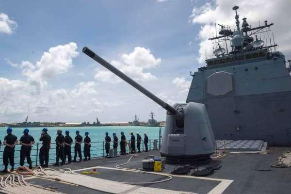 美艦會繼續「路過」台灣海峽嗎?美國海軍作戰部長:持續進行包括台海在內的國際海域自由航行