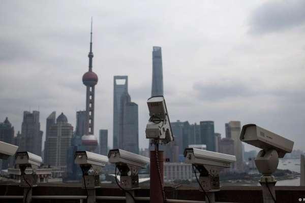 德國商界看中國》「騰飛的龍」需要「無處不在的監視器」