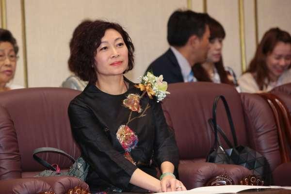 陳思宇代表「柯家軍」拚立委補選 姑姑陳靜敏:一定挺民進黨候選人