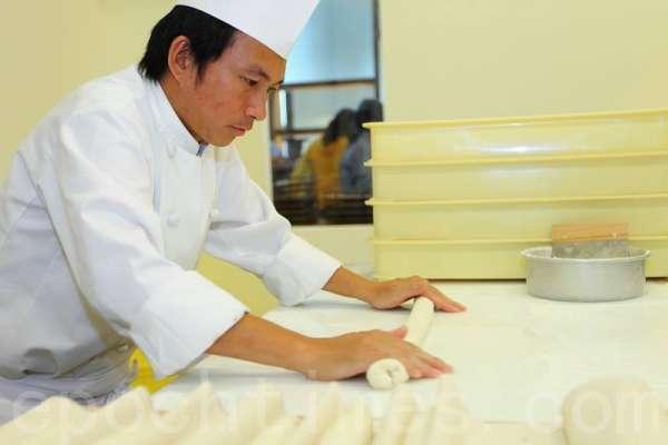 遭中國網友批「台獨麵包」、發動拒買 吳寶春聲明表態:身為中國人,是我的驕傲