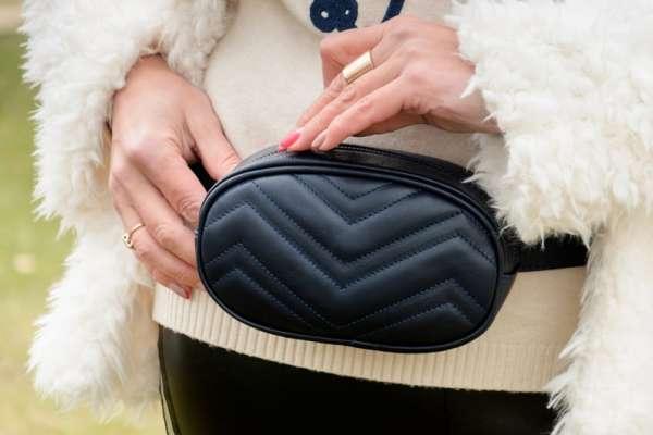 腰包是世上最古老的時尚精品嗎?從5000年前的「冰人奧茲」到18 世紀的貴婦,都離不開它