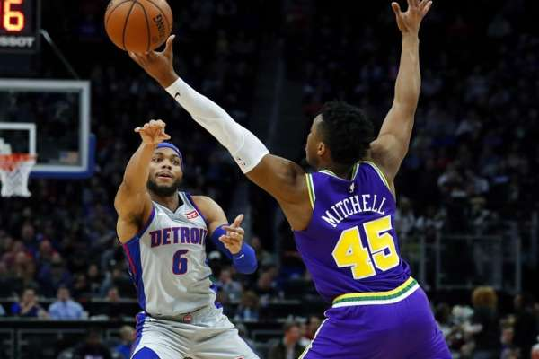 NBA》米契爾投進關鍵球 隨後告訴德拉蒙德:都是你的錯