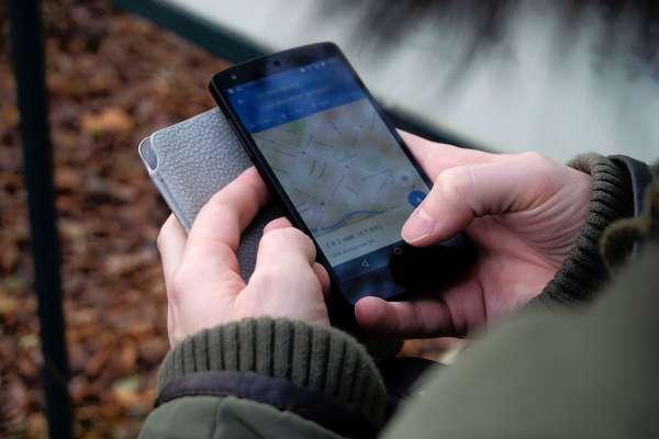 8個內行人才知的Google Maps密技大公開!沒網路也可導航、還能防旅伴走散,出國必備啊!