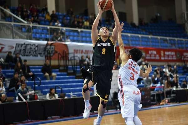 籃球》本土球員挺身而出 金酒狀態更上一層樓