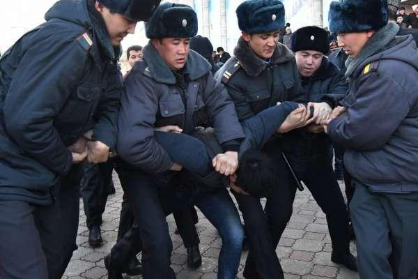 中國「一帶一路」、迫害維吾爾族引發鄰國民怨 吉爾吉斯爆發反中示威