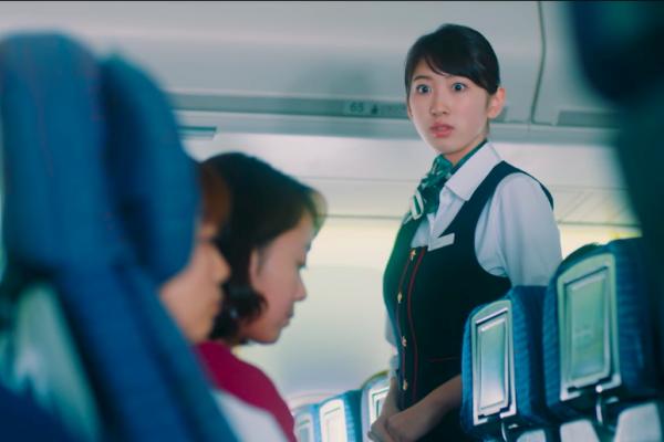 空姐沒有義務幫你搬行李!5件沒違法卻超惡劣的搭機「旅客日常」,句句都是空服員血淚