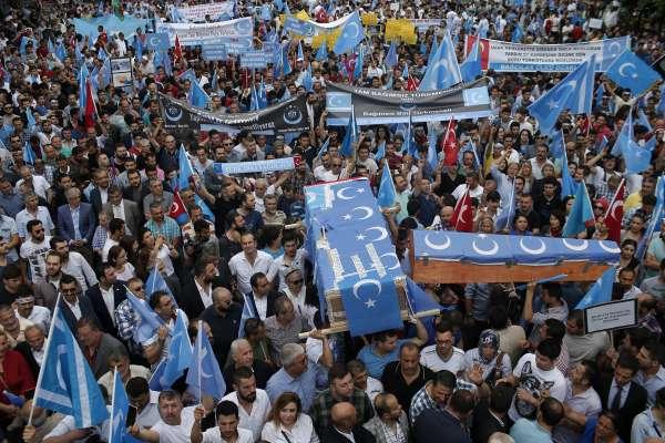 不再是穆斯林避風港》土耳其改口稱「新疆居民生活幸福」維吾爾人憂將被遣返中國