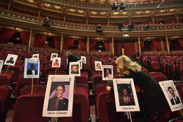 奧斯卡風向球》第72屆英國影藝學院獎揭曉:《真寵》橫掃7獎項,《羅馬》抱回最佳影片、最佳導演