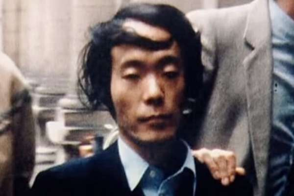 人肉口感像鮪魚生魚片!他槍殺女同學「先姦後吃」卻無罪釋放…揭日本食人狂魔的驚悚事蹟