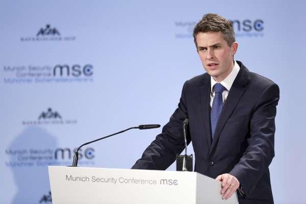 「砲艦外交」來了?不滿英國防相揚言「派航母去南海」中國可能取消兩國部長級會議