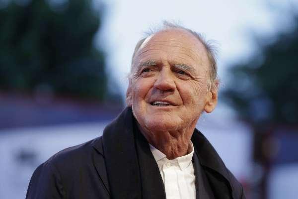 他曾是希特勒,他也曾是天使……瑞士影帝布魯諾甘茲永遠走下舞台
