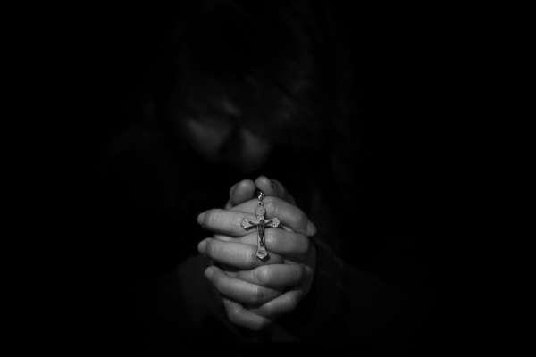 當教宗方濟各也容不下同性戀....紐時專訪20多位同志神父:出櫃如同被宣判死刑