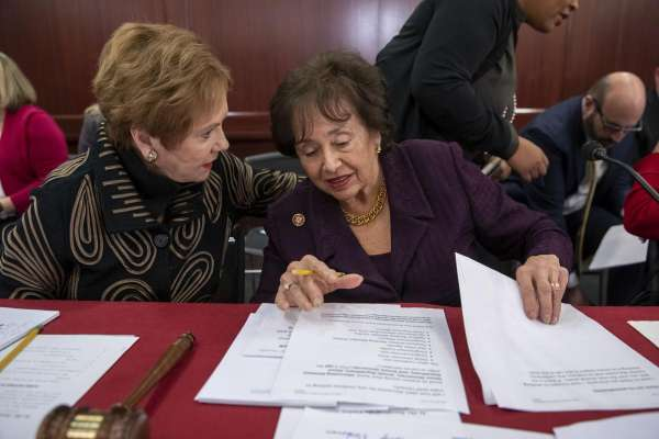 美國眾議院女力崛起》撥款委員會正副主席由女性主掌 跨黨派合作避免聯邦政府再陷關門危機