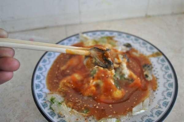 法媒專文盛讚台北街頭小吃!形容蚵仔煎像「鹹鹹的吻」、包子要命好吃…竟5歐就能飽餐!