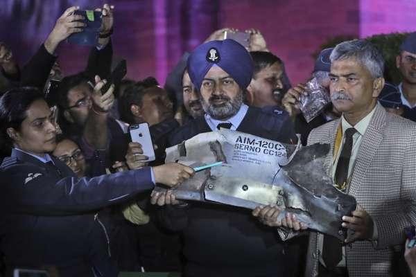 台灣躺著也中槍!巴基斯坦否認空戰動用F-16,竟扯飛彈銷往台灣 遭到印度媒體舉證打臉