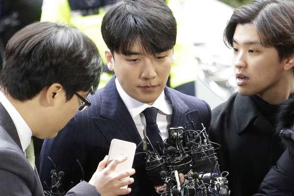 南韓娛樂圈性醜聞風暴》第5位男星落馬!勝利、鄭俊英到案接受調查