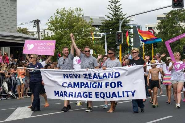 以支持LGBT權利為榮》彩虹如何在大洋洲綻放?認識亞太第一個同婚合法化國家:紐西蘭