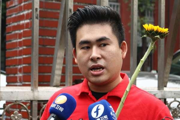 王炳忠向周玉蔻求償148萬 法院判免賠