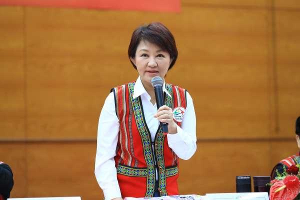 宣傳全國原民運動會 盧秀燕與局處首長穿原民服飾