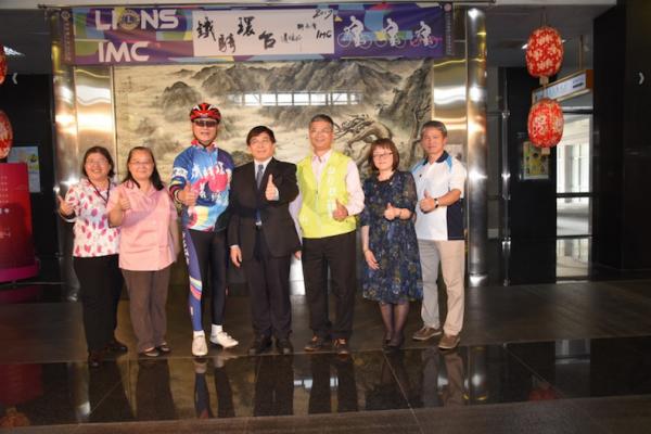 獅子會及IMC鐵騎環台捐款助學 南投3校30學子受惠