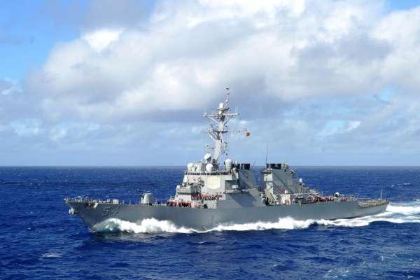 不顧北京反對,美國軍艦再次穿越台灣海峽,這回還帶了海岸防衛隊  陸媒跳腳大喊「挑釁」!