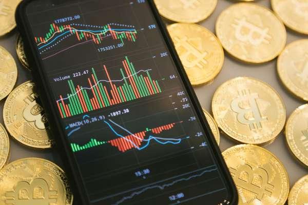 財報還沒公布,為何那麼多神人早就知道該買哪支股票?內行人教你3招,跟著高手賺大錢