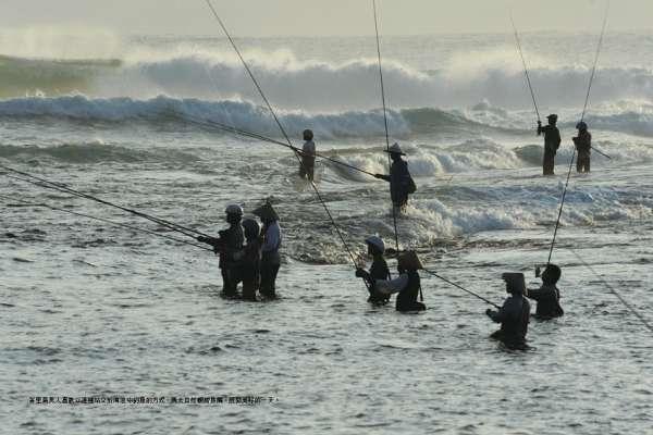 看似滿城風雨,實則人民生活如常:《看見印尼》選摘(1)