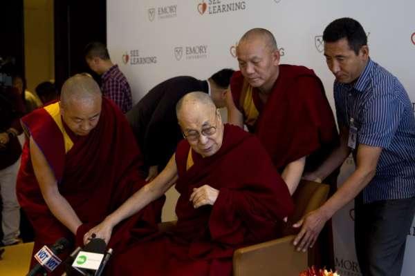 中國政府若「依法指定」下一世達賴,藏人會服氣嗎?學者:只會事與願違