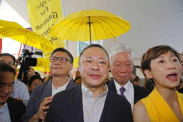 香港佔中案:陳健民、戴耀廷判囚16個月,朱耀明緩刑兩年 「佔中九子」共四人即時入獄