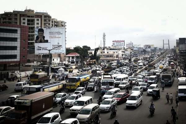 每天花2個小時通勤,你受得了嗎?印度這6個城市的上班族,天天飽受塞車之苦