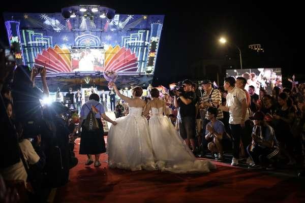 三軍「集團結婚」今年將有3對同性新人步上紅毯!第一對將由空軍「拔得頭籌」