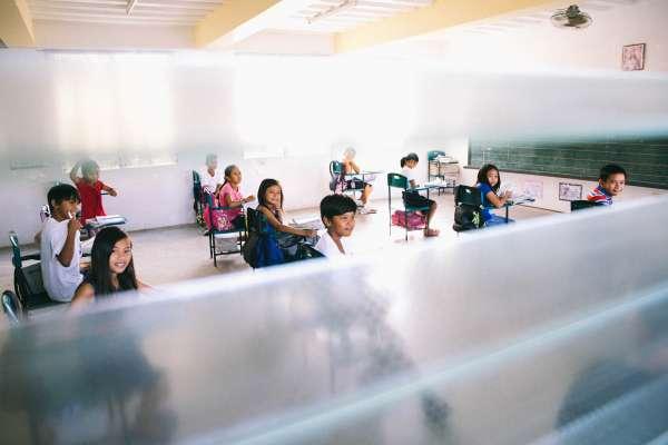 教室裡的地獄之花:這種聰明小孩不只會讀書,更深諳經商之道,知曉市場機制