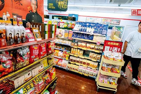 華元、盛香珍、茶湯會、鼎王等品牌跨界聯手:超商怪味聯名零食 爆賣背後的「換粉效應」