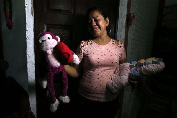 薩爾瓦多移民父女渡河溺斃,心碎老母親接受《美聯社》專訪:勸他們別去美國,我心中留下無法填補的洞