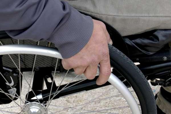 身心障礙者「有錢也無法投保」?金管會3點澄清:業者不得無故拒保