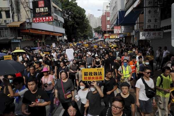 沒有真普選、中國水貨客亂象、年輕世代被忽視......香港民眾積怨大爆發 反送中浪潮遍地開花