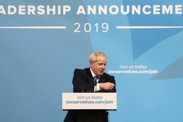 英國新首相出爐!「歐洲川普」強森登上寶座,還沒上台就引爆內閣離職潮