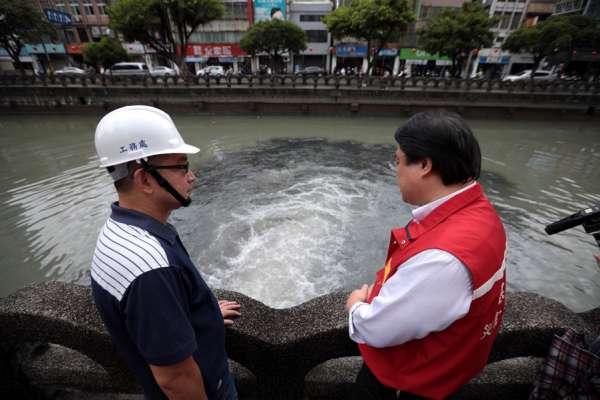 因應利奇馬颱風來襲 基隆市長視察各防颱整備