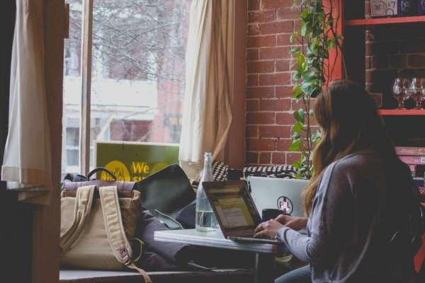 睡到自然醒、天天在家混?公開SOHO族一日行程:原來工時一點都不比上班族少!