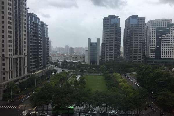 台中市沒放颱風假  盧秀燕臉書無辜挨轟
