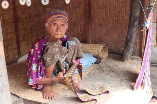 「綁架新娘!」走入印尼700年歷史村落,「薩薩克」原住民「以不變應世界萬變」